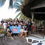 Grupo de buceadores de Buceo Navarra en el resort