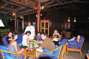 Grupo de buceo Navarra en el resort de Gangga